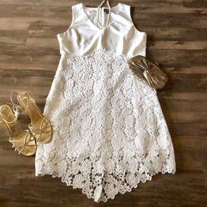 🍀 White Lace Covered Dress